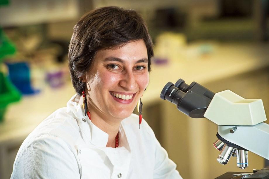 Dr Makrina Totsika