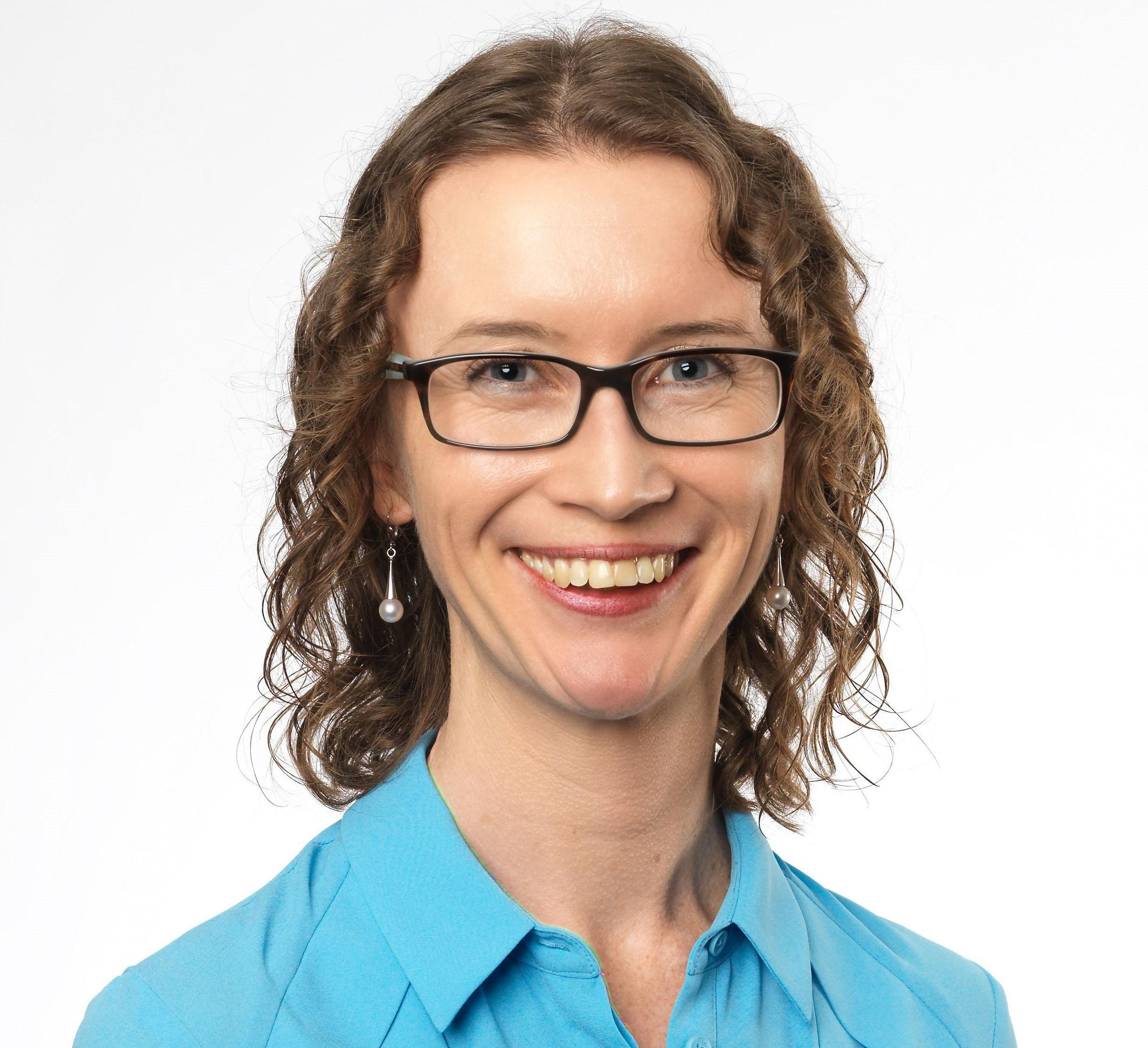 Associate Professor Anna Huggins